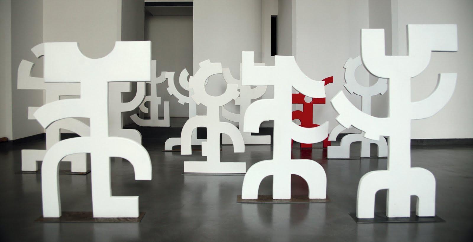 Negli spazi di EidoStudio, fino a venerdì 11 febbraio, sarà possibile ammirare il lavoro di Daniela Cicatiello, un'artista poliedrica che crea una nuova visione del mondo a partire da materiali [...]