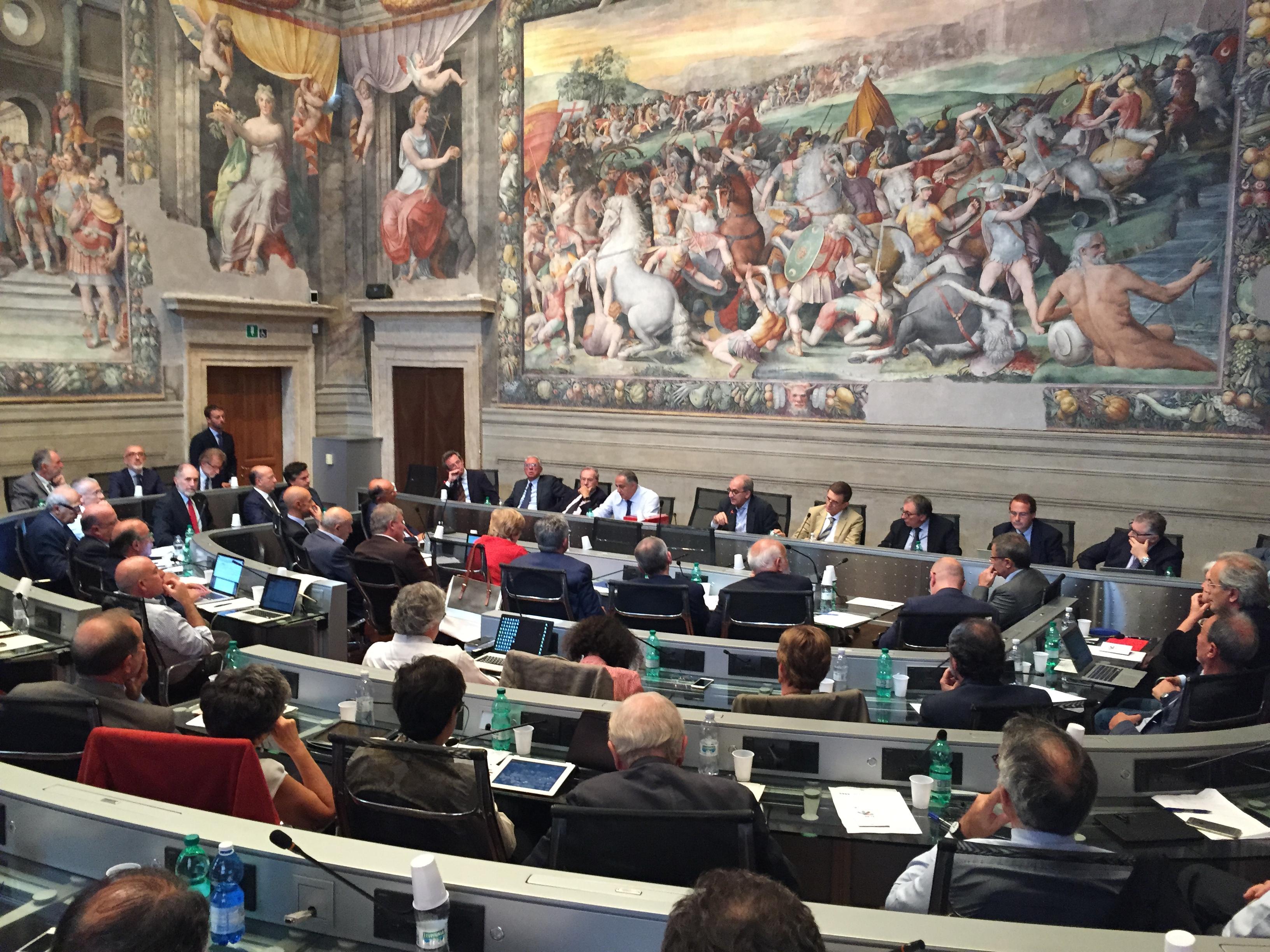 """L'Assemblea dei Rettori ha eletto alla prima tornata e all'unanimità Gaetano Manfredi, 51 anni, dal 2014 Rettore dell'Università di Napoli Federico II, nuovo Presidente della CRUI. """"Il compito che le nostre [...]"""
