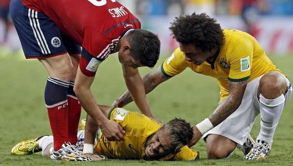 Un mondiale, quello fin qui disputato, ricco di colpi di scena, che ha visto le lacrime di Neymar dopo essersi infortunato con la Colombia e la rabbia di Angel Di [...]