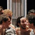 """Per gli studenti della Federico II c'è un'occasione da non perdere. IlTeatro Belliniper """"Tito/Giulio Cesare"""", in scena dal 13 al 24 marzo, che propone due riscritture originali daShakespeare, e """"Ragazzi di [...]"""