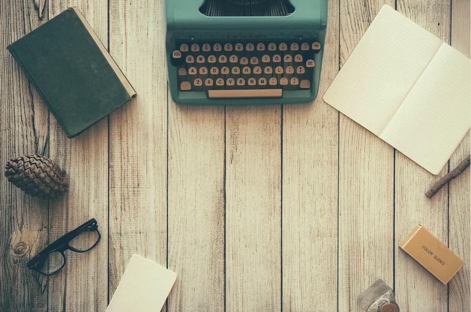 """L'Istituto Italiano di Cultura di Napoli (ICI) organizza per il 36° anno il Premio""""Letteratura"""" poesia, narrativa, saggistica ed un Corso di formazione in Scrittura Creativa, in sede (CSC) ed a [...]"""