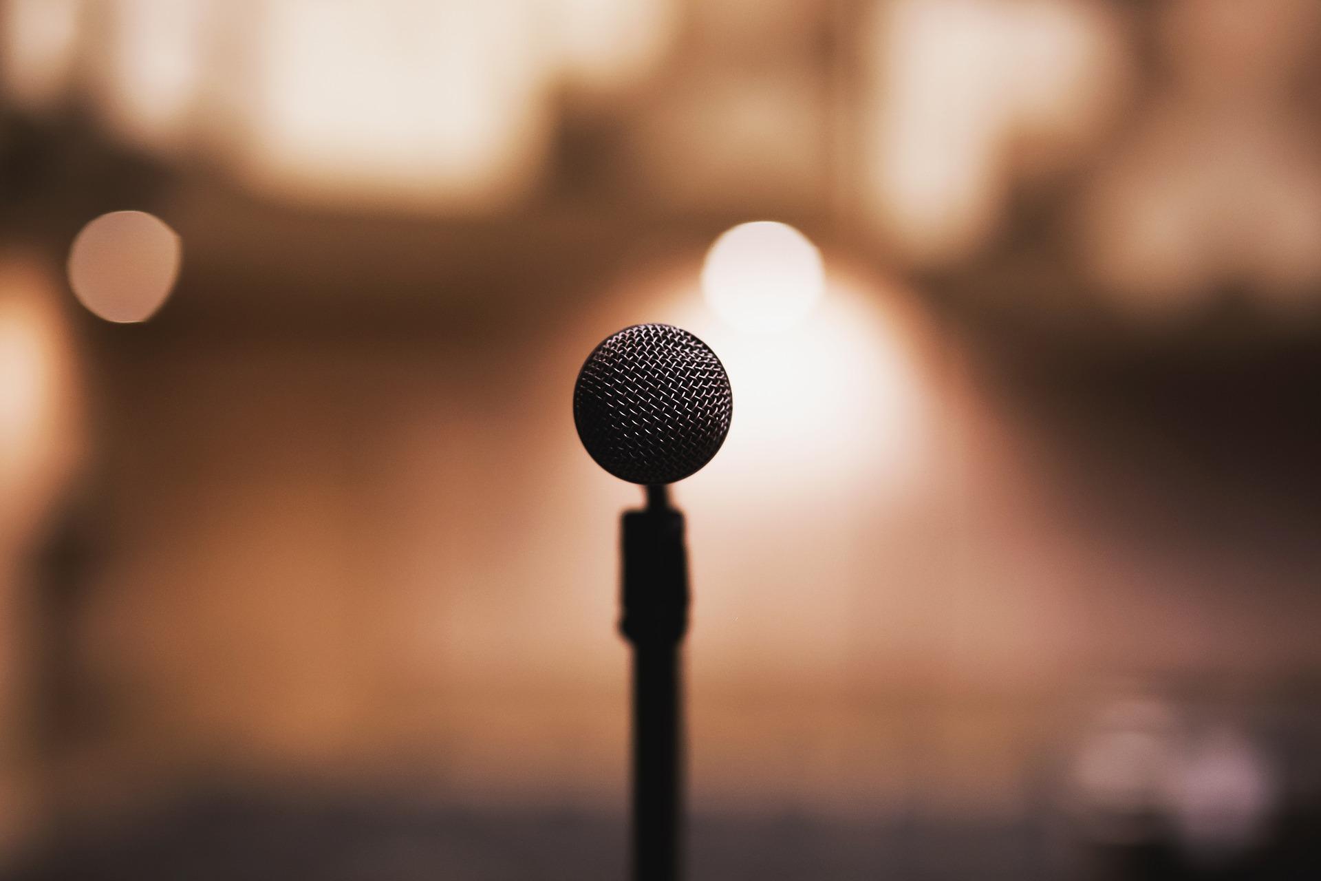 """Domenica 22 dicembre la Basilica di San Gennaro extra moenia ospiterà, in due imperdibili concerti, la formazione made in USA """"Darnell Moore and The Gospel Chorale"""", per il consueto appuntamento [...]"""