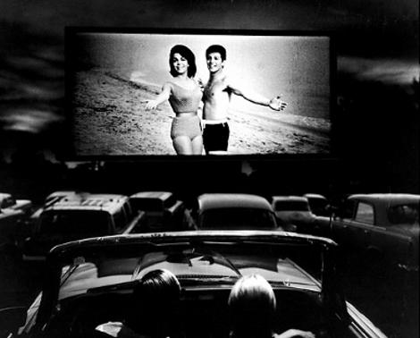 Cinema e ancora cinema per chi resta in città. Fino al 7 settembre torna il più classico degli appuntamenti dei film sotto le stelle: la quindicesima di Accordi@disaccordi, la cui [...]