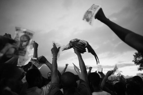 Napoli ha concluso il 2010 all'insegna della fotogiornalismo, ospitando la più importante mostra itinerante del settore: il World Press Photo, vinto quest'anno proprio da un napoletano. Il 2011 quindi non poteva [...]