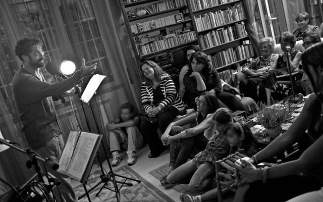 """Se siete stanchi delle noiose cene che si tengono in salotto o di ospitare le solite persone, allora l'iniziativa """"Il teatro cerca casa"""" è quello che fa per voi. Nella letteratura [...]"""