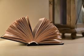 Torna ilPremio Napoli, lo storico riconoscimento alla letteratura italiana, che per la sua 64esima edizione ritrova uno spirito colto e al contempo popolare. Sarà il pubblico, infatti, a decretare i [...]