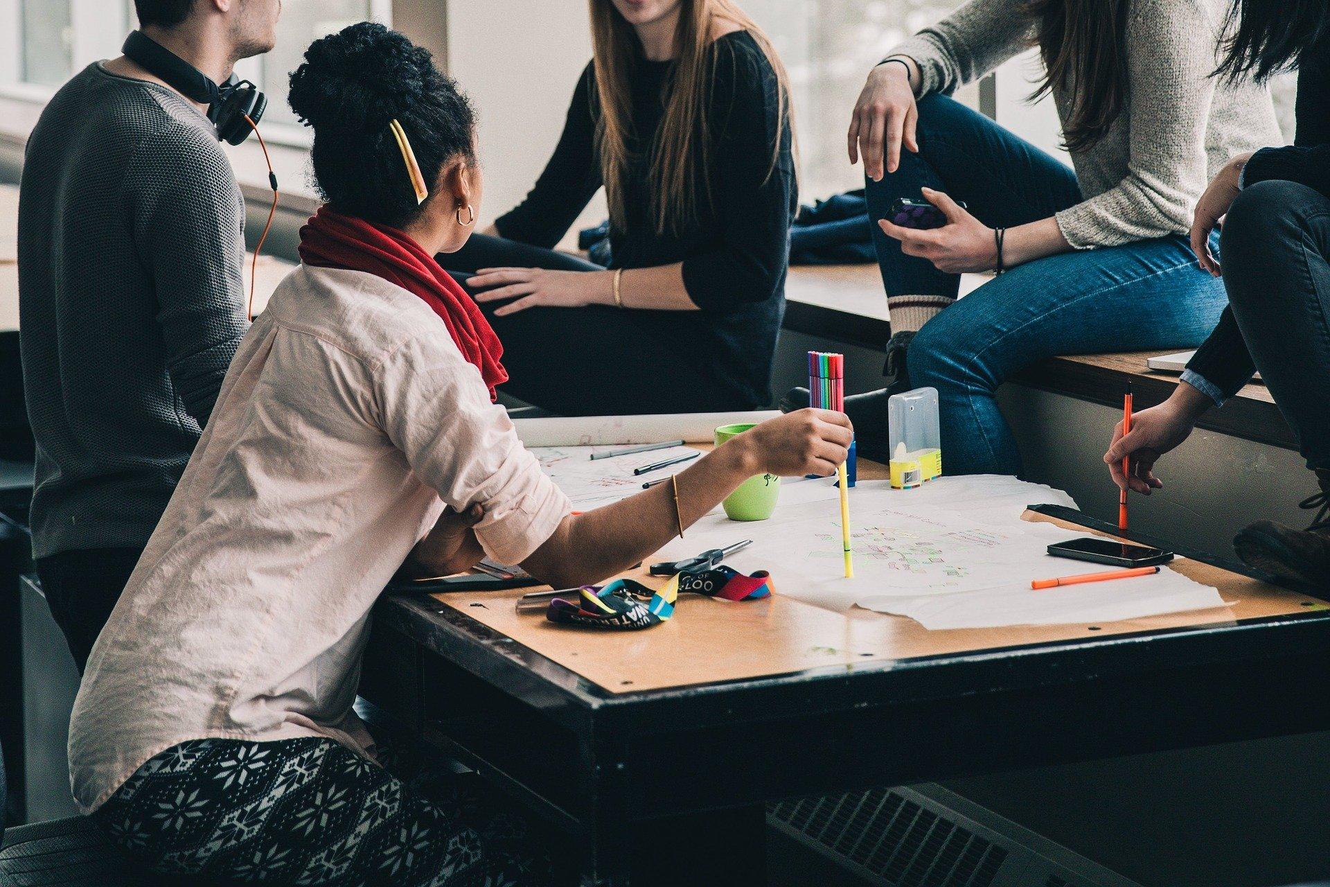 Dall'istituzione della Commissione Fulbright per gli scambi culturali fra l'Italia e gli Stati Uniti nel 1948, centinaia di cittadini italiani hanno fruito di borse per studiare, insegnare e svolgere soggiorni [...]