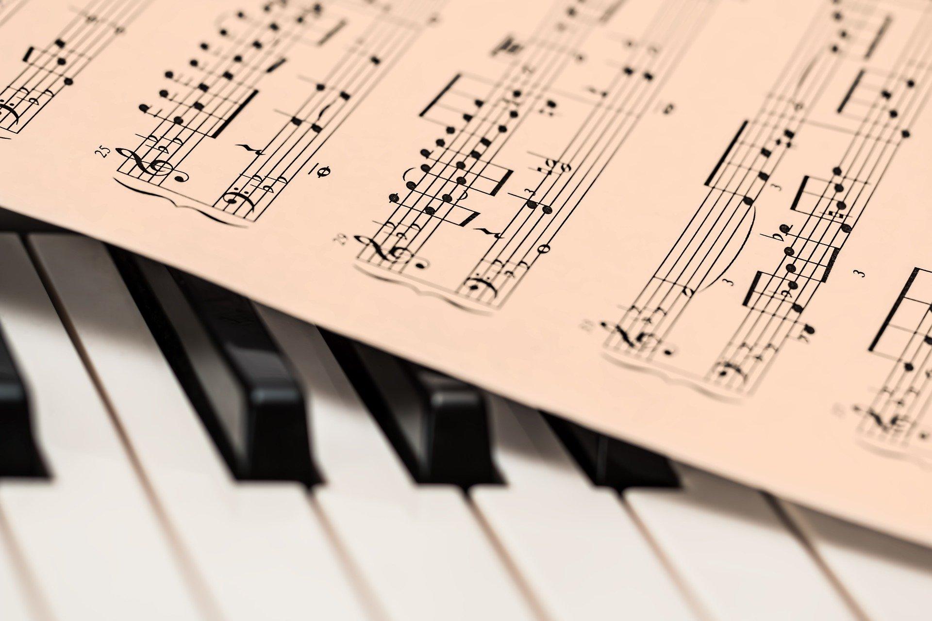 La Comunità Pianistica Federiciana non interrompe la sua Stagione di concerti.  Infatti, i nostri pianisti di esibiranno in mini-concerti della durata di 20 minuti direttamente dalle loro abitazioni che saranno [...]