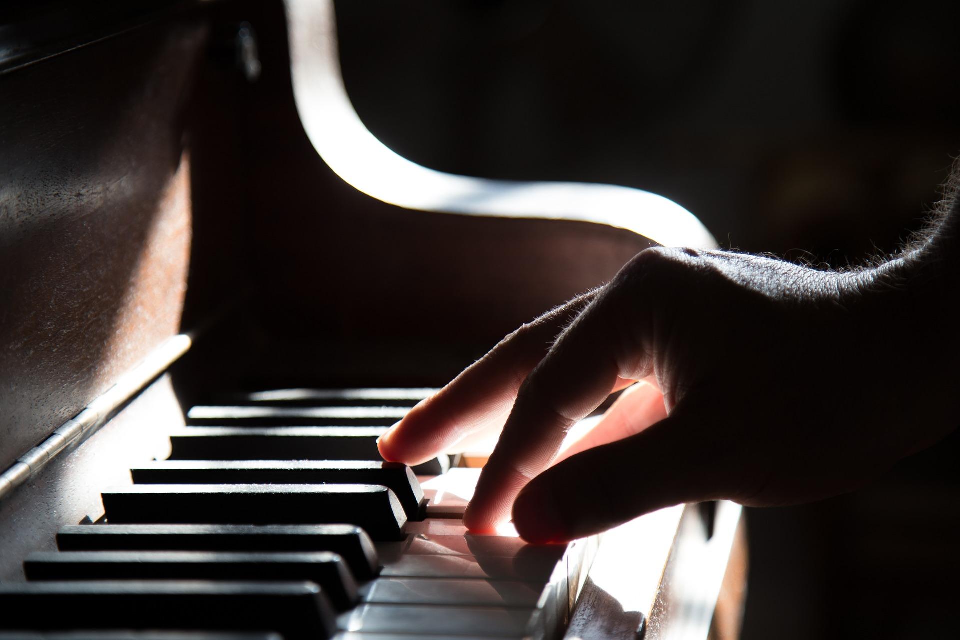 La comunità pianistica federiciana non interrompe la sua stagione di concerti. I pianisti si sono esibiti a partire dal 18 aprile 2020, ogni sabato alle 18. Mini-concerti della durata di 20 [...]