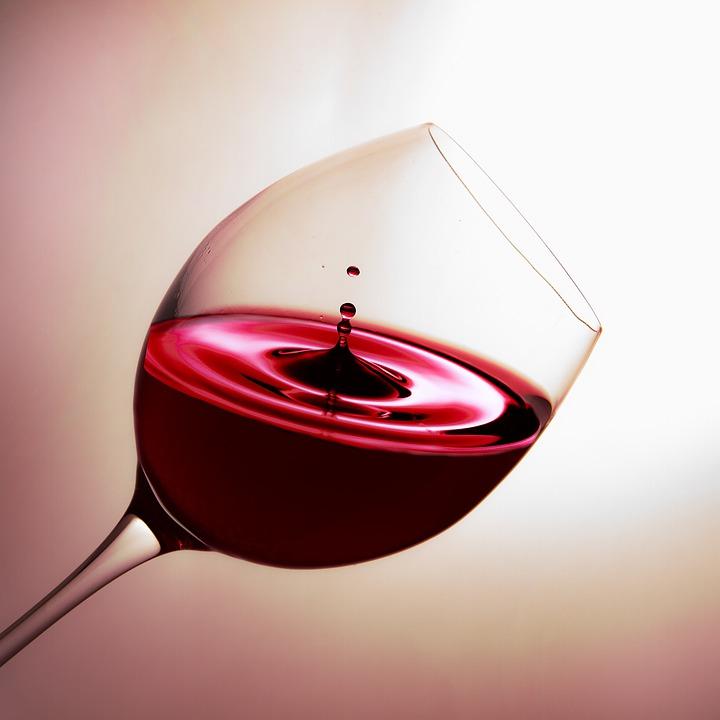 Cultura, musica e creatività, questo è Wine Art Fest , la rassegna che si terrà dal 12 al 14 dicembre nell'area del Galoppatoio della Reggia di Portici.  Il cartellone di [...]